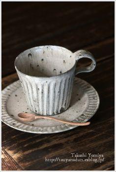 マグカップ : なづな雑記