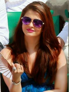Aishwarya Rai is a talented artist and very popular among fans. Aishwarya Rai photo gallery with amazing pictures and wallpapers collection. World Most Beautiful Woman, Makes You Beautiful, Beautiful Girl Indian, Most Beautiful Indian Actress, Aishwarya Rai Photo, Actress Aishwarya Rai, Aishwarya Rai Bachchan, Beautiful Bollywood Actress, Beautiful Actresses