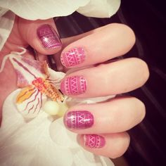 """""""New Mani! These new designs are so trendy and funky! Loving it! Don't be afraid to layer your Jamberry wraps! The results are incredible! #islandenergyjn…"""""""