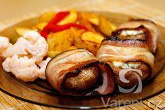 Velmi rychlý recept na žampiony zapečené v troubě s nivou a slaninovými plátky.