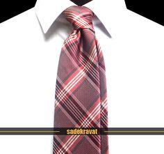 Kırmızı Bordo Beyaz Ekose Kravat 5196 7,5 cm. Modern Orta Stil, Mikro Kumaş... www.sadekravat.com/kirmizi-bordo-beyaz-ekose-kravat-5196  #kravat #kravatım #kravatmodelleri #tie #tieoftheday #pocketsquare #örgükravat #ketenkravat #ipekkravat #slimkravat #ortaincekravat #incekravat #gömlek #ceket #mendil #kravatmendilkombin #ofis #bursa #türkiye #çizgilikravat #şaldesenlikravat #ekoselikravat #küçükdesenlikravat #düzkravat #sadekravat
