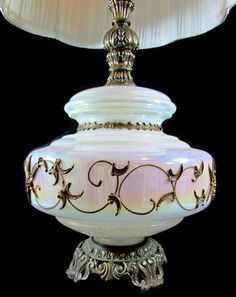 Vintage Iridescent Hollywood Regency Mid Century Applied Flowers Table Lamp