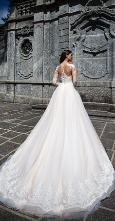 Milla Nova Bridal 2017 Wedding Dresses roberta3 / http://www.deerpearlflowers.com/milla-nova-2017-wedding-dresses/21/