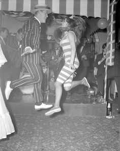 Not sure what is better...the moves or the outfits #stripesonstripes