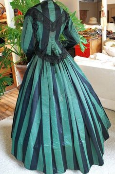 1860 LAVISH EMERALD SILK SATIN STRIPE VISTING GOWN W/BLACK LACE