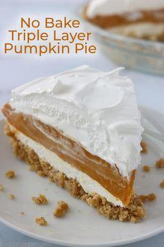 No Bake Pumpkin Cheesecake, No Bake Pumpkin Pie, Easy Pumpkin Pie, Pumpkin Pie Recipes, Baked Pumpkin, Pumpkin Dessert, Cheesecake Trifle, Pumpkin Pumpkin, Simple Pumpkin Pie Recipe