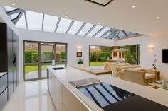 Aluminium bi-fold doors, sliding patio doors and roof lanterns. Origin, Schuco and Smarts bi-fold door covering Leicestershire and the Midlands suppliers. Bungalow Extensions, House Extensions, Kitchen Extensions, Kitchen Diner Extension, Open Plan Kitchen, Kitchen Ideas, Room Kitchen, Kitchen Living, Kitchen Designs