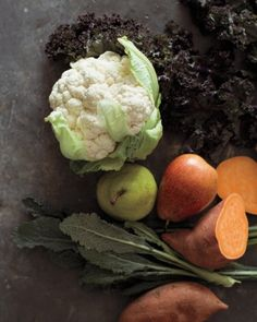 Cauliflower, kale, pears, and sweet potatoes! we love the season's comforting, familiar flavors Heart Healthy Recipes, Whole Food Recipes, Vegan Recipes, Fall Dinner Recipes, Fall Recipes, Batch Cooking, Slow Food, Dessert For Dinner, Vegetable Sides