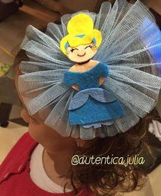 Diadema Cenicienta.... 💍10€ Hand Fan, Home Appliances, Cinderella, Head Bands, House Appliances, Appliances, Fan
