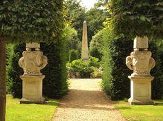 I & J Bannerman - Garden designers and builders - Seend Manor