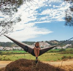 "Somebody somewhere once looked at two trees and said: ""I've got this idea guys. Let me get a blanket"". And nobody ever looked back.  #schwingerclub #hängematte #hammock #hammocks #hammocklife #häng #wehang #portugal #featuremealgarve #trees #hike #camp #campvibes #explore #getoutstayout #outdoor #nature #water #blue #surf #skate #mountainbike #girl #legs #sun #campvibes #explore #getoutstayout by @let_us_hang"