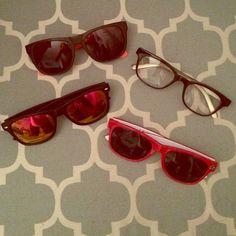 Wayfarer sunglasses bundle 4 wayfarer glasses bundle. Nothing will be separated. Accessories Glasses