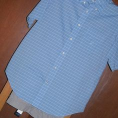 007 Camisa Nautica - Pantalón Tommy Hilfiger.