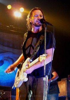 Yummy sweaty EV <3      O M G