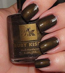 Ruby Kisses-Khaki