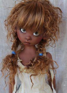 JpopDolls.net ™::Dolls::Kaye Wiggs::Gracie::Gracie Human in coffee skin on MeiMei body
