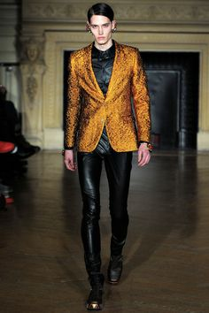 Walter Van Beirendonck Fall 2013 Menswear Collection Slideshow on Style.com