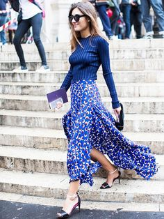Printed Maxi + Cat Eye Sunglasses = Cool Street Style from A Love is Blind Work Fashion, Spring Fashion, Fashion Tips, Fashion Trends, Hijab Fashion, Fashion Beauty, Fashion Weeks, Summer Skirts, Summer Outfits