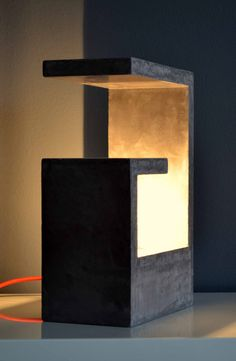 Concrete lamp by welovediys