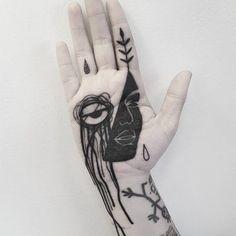 Beautiful and Strange Tattoo Art By Matteo Nangeroni – Leaky Lifeboat Piercing Tattoo, Piercing Face, Weird Tattoos, Body Art Tattoos, New Tattoos, Hand Palm Tattoos, Tattoo Stockholm, Teardrop Tattoo, Chest Piece Tattoos