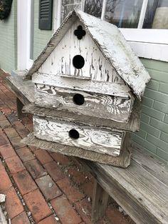 Dream Garden, Garden Art, Rustic Birdhouses, Bird House Plans, Weather Vanes, Country Landscaping, Bird Houses, Vintage Decor, Primitive