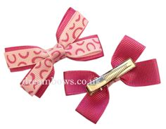 Pink novelty design grosgrain ribbon hair bows on alligator clips - www.dreambows.co.uk #pinkbows #hairbows #hairclips #girlshair