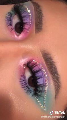 Eye Makeup Designs, Eye Makeup Art, Smokey Eye Makeup, Skin Makeup, Eyeshadow Makeup, Arabic Makeup, Indian Makeup, Crown Makeup, Natural Eyeshadow