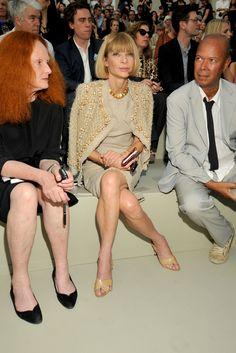 Vogue's Grace Coddington and Anna Wintour w/ Vanity Fair's Michael Roberts at Chanel F10 HC
