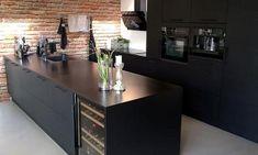 Melinga Svart Kjøkken Kitchen Dining, Kitchen Island, Siena, Houzz, Future House, Interior, Home Decor, Gate, Kitchen Ideas