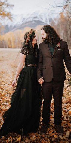 Dark Romance: 24 Gothic Wedding Dresses ❤ gothicwedding dresses a line lace top with cape sleeves portraitsbylucy ❤ How To Dress For A Wedding, Alternative Wedding Dresses, Black Wedding Dresses, Boho Wedding Dress, Black Weddings, October Wedding Dresses, Wedding Black, Elegant Wedding, Up Imagenes