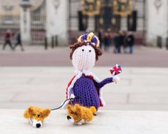 Free knit the queen pattern