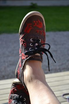Swedish embroidery on shoes