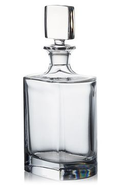 ROGASKA CRYSTAL Manhattan Whisky decanter Classically designed with exceptional brilliance, clarity and weight, this crystal decanter is a luxurious addition to Liquor Bottles, Glass Bottles, Perfume Bottles, Crystal Decanter, Crystal Glassware, Tequila, Whiskey Decanter, Bottle Vase, Bottle Design