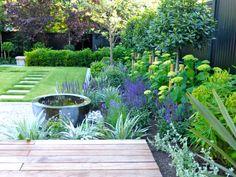 Urban Garden 55 Modern Garden Design Ideas To Try - 55 Modern Garden Design Ideas To Try Contemporary Garden Design, Small Garden Design, Landscape Design, Garden Design London, Contemporary Landscape, Landscape Architecture, Architecture Design, Small Gardens, Outdoor Gardens