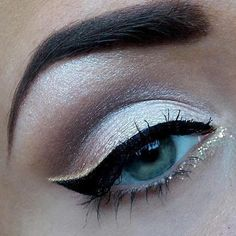 glitter eyeliner, gives a natural suttle eye some ompft