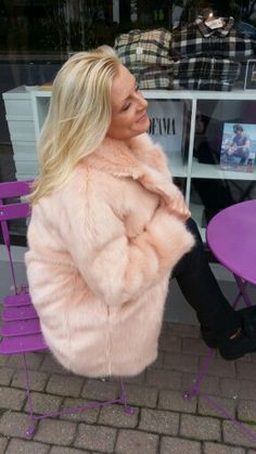 3 visitors have checked in at Timer AS. Four Square, Fur Coat, Designers, Jackets, Fashion, Down Jackets, Moda, Fashion Styles, Fashion Illustrations