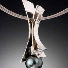 Fiore del Mare Pendant with Tahitian pearl
