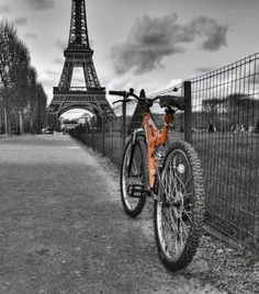 paris the city of love, romance and...cycling!