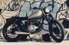 La Sebl Racer es el resultado de la customización de una Yamaha SR 125 en un estilo Street Tracker. By Cafe Racer Obsession.