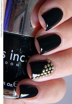 Nail Art Tutorial With Detailed Steps
