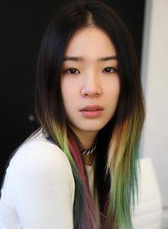 Hair Color Asian Ombre Irene Kim 15 Ideas For 2019 Hair Color Auburn, Hair Color Highlights, Ombre Hair Color, Hair Colors, Irene Kim, Asian Ombre, Wengie Hair, Kim Hair, Hair Color Asian