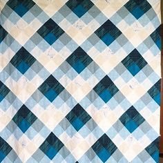@thencamejune's Seeing Double quilt by @bergmannstrong using Literary fabric by Heather Givans
