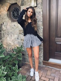 All-Star Gingham Shorts - Outfit ideen - School Outfits Cute Outfits For School, Cute Summer Outfits, Short Outfits, Outfits For Teens, Spring Outfits, Trendy Outfits, Europe Outfits Summer, Red Skirt Outfits, Autumn Outfits