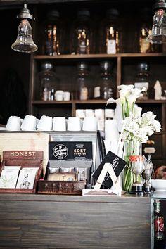 Koffie counter ( van de muur af - bar )