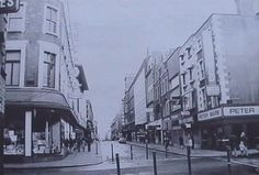 Henry Street Old Pictures, Old Photos, Dublin, The Good Place, Ireland, Street View, Nice, Places, Vintage