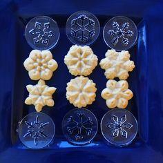 Impress Bakeware Snowflakes 11/14 Spritz Cookies, Cookie Press, Sugar Craft, Food Gifts, Bakeware, Snowflakes, Crafts, Products, Manualidades