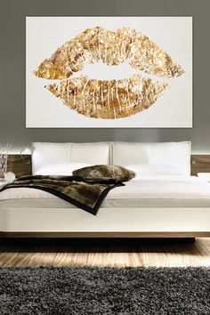 Oliver Gal Solid Kiss Canvas Wall Art
