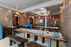 Yoom restaurant, dim sum restaurant, 20 Rue des Martyrs 75009 Paris and 5 rue Grégoire de Tours 75006 Paris