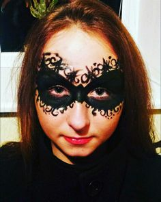 Domino mask face painting