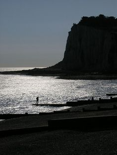 St Margaret's Bay Kent [shared] South East England, St Margaret, Uk Photos, Places Of Interest, Bird Watching, Cliff, Sailing, Saints, The Past